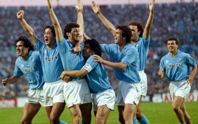 L'hemeroteca: l'Ajax de Cruyff i un recital de Maradona